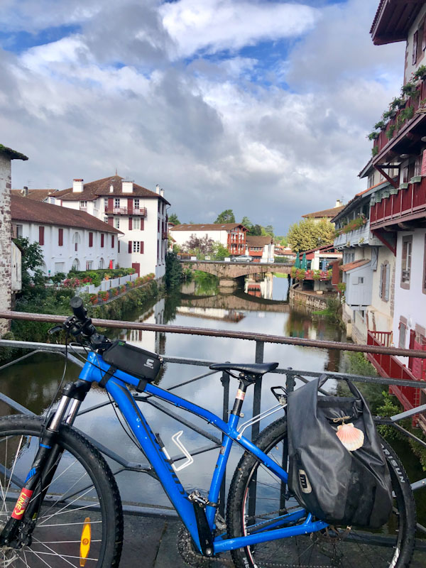 saint-jean-pied-de-port-bike