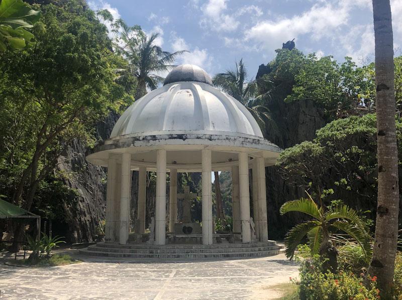 Mantiloc Shrine El Nido