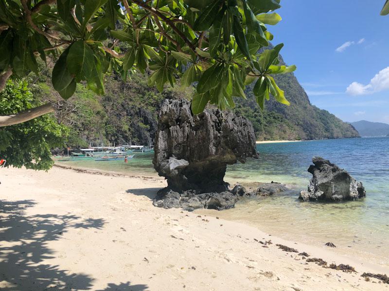 Pasandigan Beach El Nido